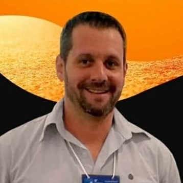 Prof. Me. Leandro de Oliveira Sant'Ana